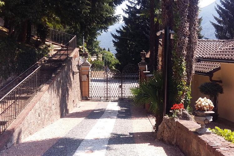 Privato - Villa storica di Porza